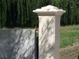 Réalisation de piliers en pierre de Fontvieille